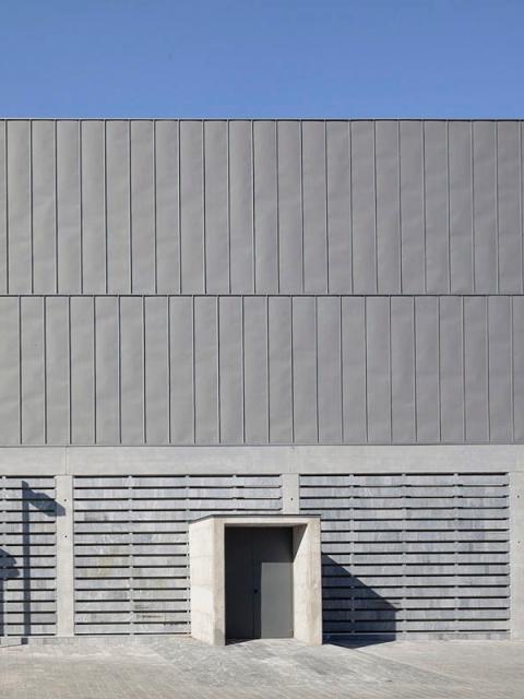 grijalba-arquitectos-proyecto-edificios publicos- sala concha velasco-Valladolid